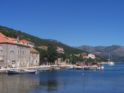 Mer adriatique et bateaux, port de Mlini Croatie