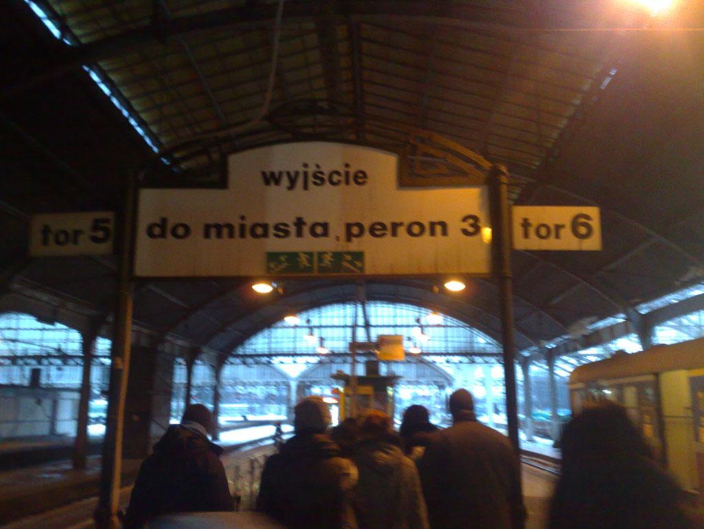 La gare de train Wrocław Główny, Pologne