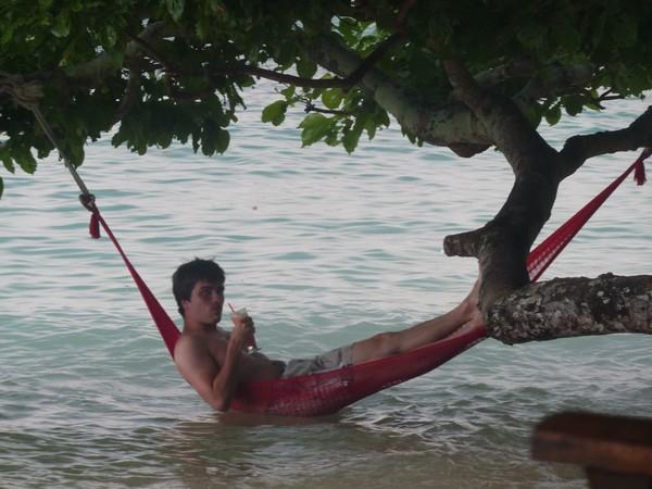 Moi dans un hamac à Ko Phi Phi
