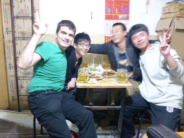 martin-et-3-chinois-a-qingdao