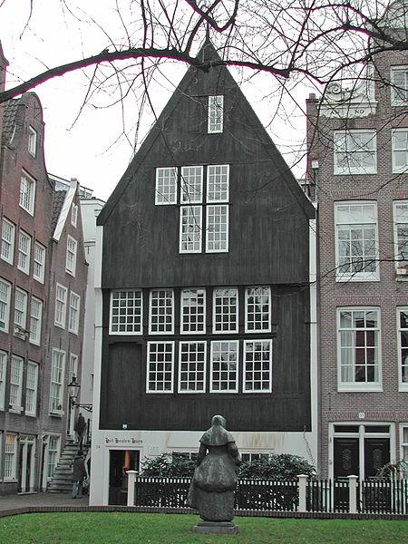 maison-en-bois-amsterdam-begijnhof