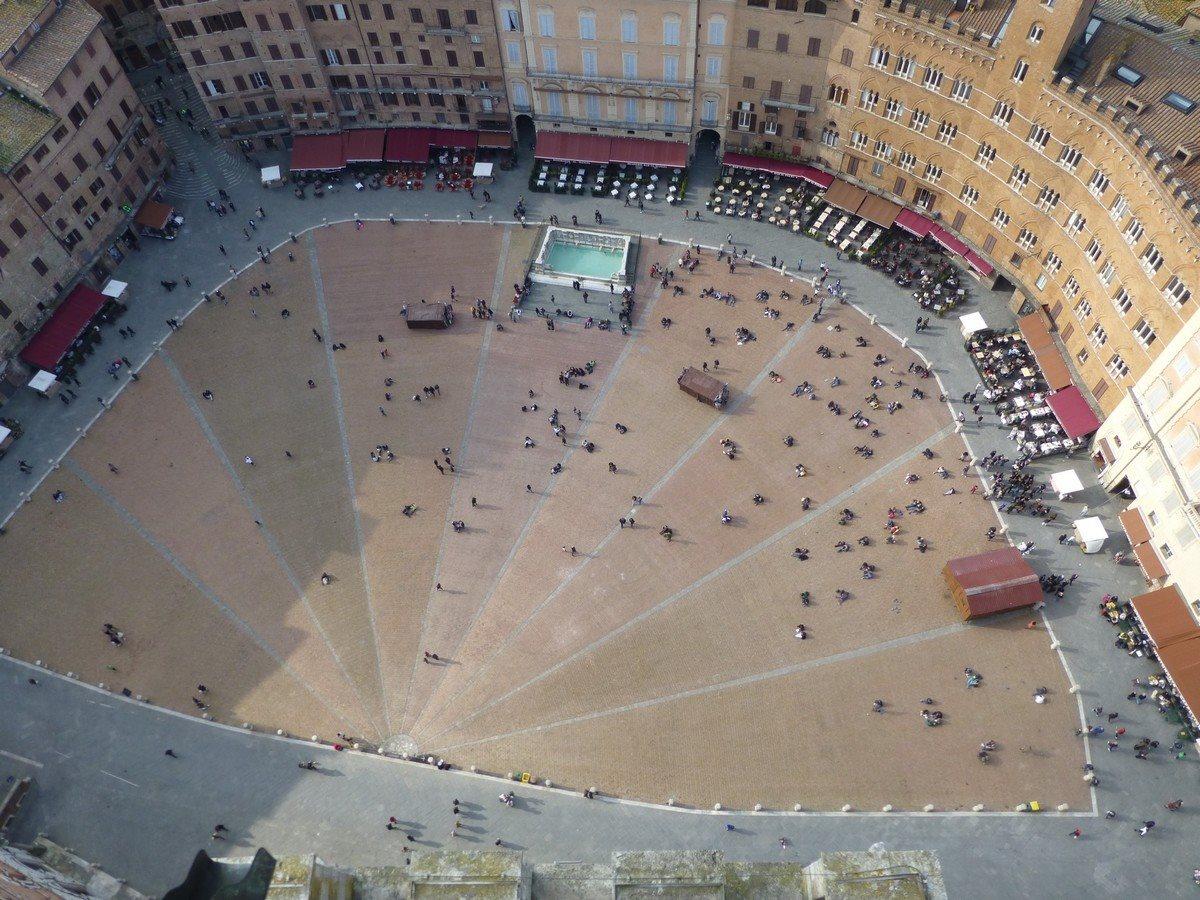 vue-depuis-le-sommet-du-campanile