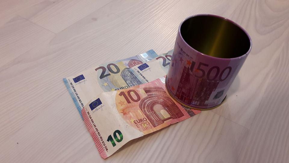 50-euros-boite-sdf